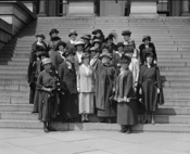 Membros da Women's International League for Peace and Freedom em Washington, D.C., 1922